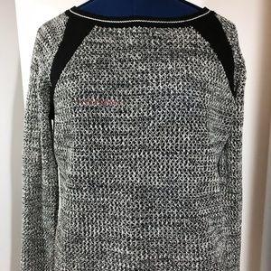 BB Dakota Sweater- Size Medium